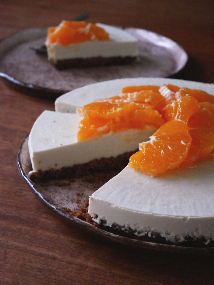 speculoos & clementine vegan cheesecake
