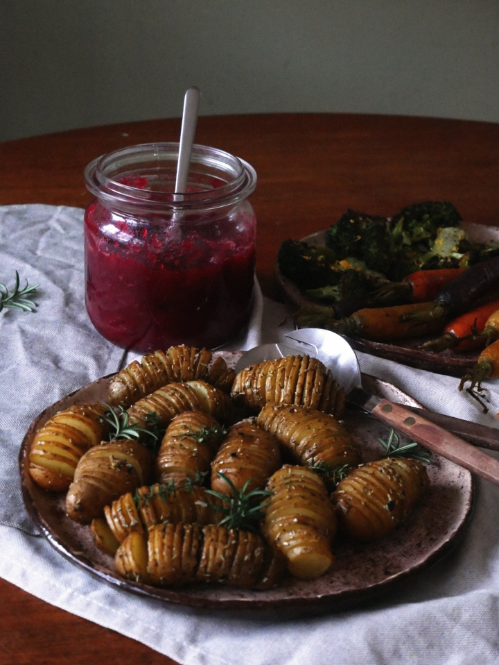 hasselback potatoes with herbs